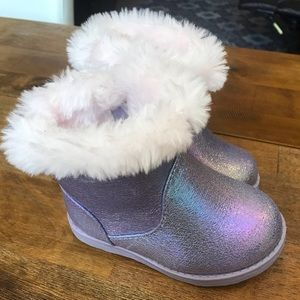 New Cat & Jack Purple Shimmery Fur Size 5 Boots